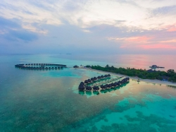 Olhuveli Beach & Spa Resort 5*